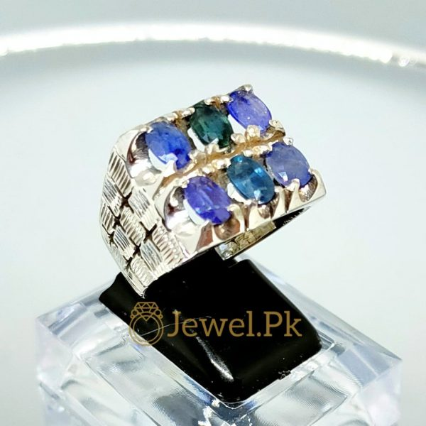 Natural 6 Sapphires ring in 925 Silver